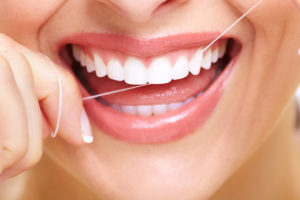 Plum Grove Dental Associates - Oral Hygiene - Floss